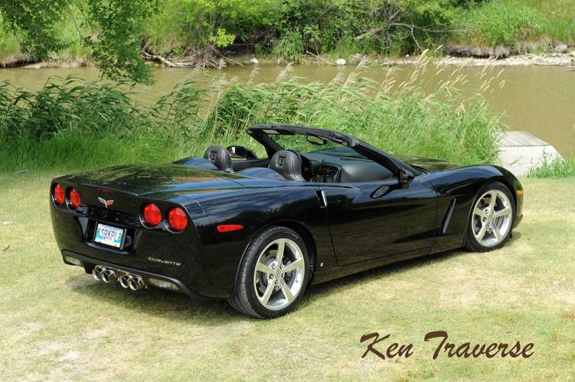 Ken Traverse 2008 car
